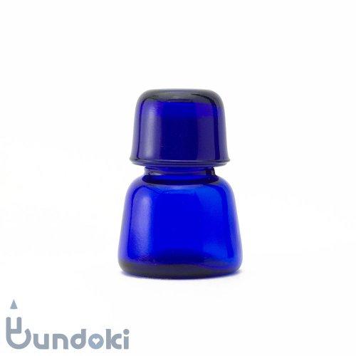 日本製のガラス瓶・有帽薬瓶 (青)