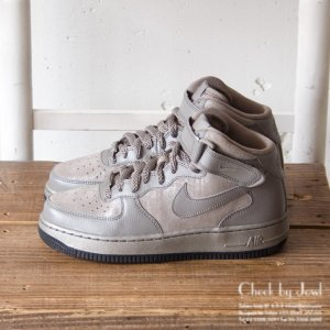 NIKE スニーカー AIR FORCE 1 '07 MID PRM メタリックグレー