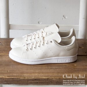 <img class='new_mark_img1' src='//img.shop-pro.jp/img/new/icons21.gif' style='border:none;display:inline;margin:0px;padding:0px;width:auto;' />ADIDAS スニーカー STAN SMITH パテントオフホワイト