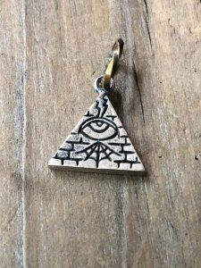 """<img class='new_mark_img1' src='https://img.shop-pro.jp/img/new/icons1.gif' style='border:none;display:inline;margin:0px;padding:0px;width:auto;' />Hatchet Metal Work Studio  """"All Seeing Eye"""" Top"""