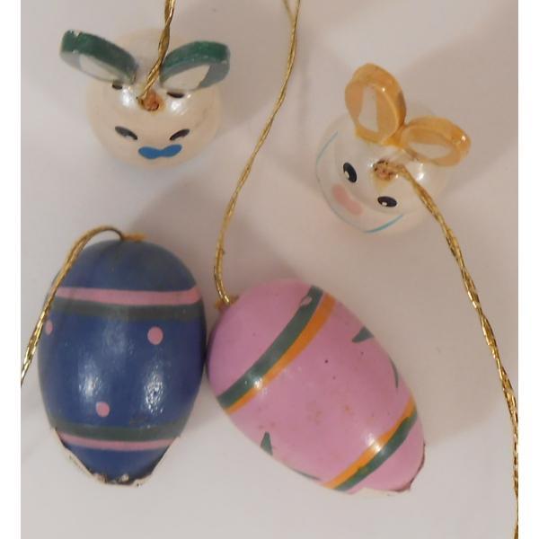ヴィンテージ・イースター木製オーナメント・青とピンクのエッグとお耳が緑と黄色のうさぎさんたち・4個セット【画像3】