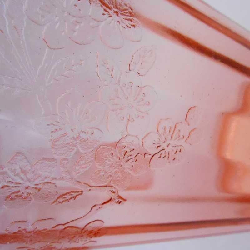 ジャネット・ディプレッショングラス・チェリーブロッサム・7インチ・ピッチャー・1930年〜1939年【画像11】