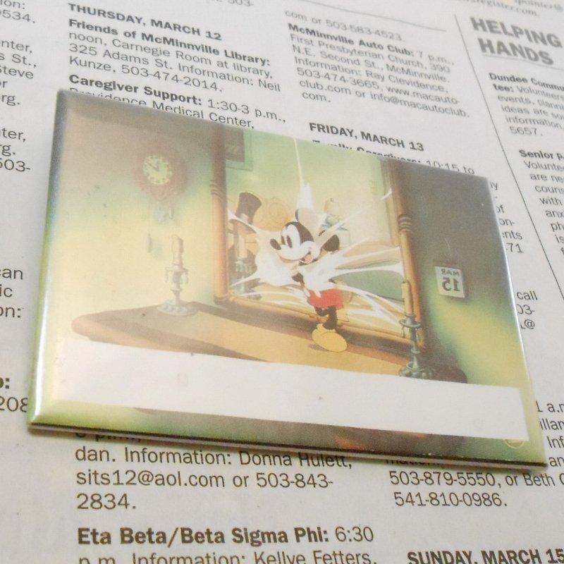 ヴィンテージ缶バッチ・ディズニー・鏡の中のミッキー【画像2】