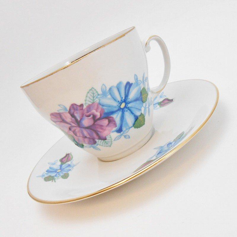 ポーランド製・青と紫のお花・カップ&ソーサー【A】
