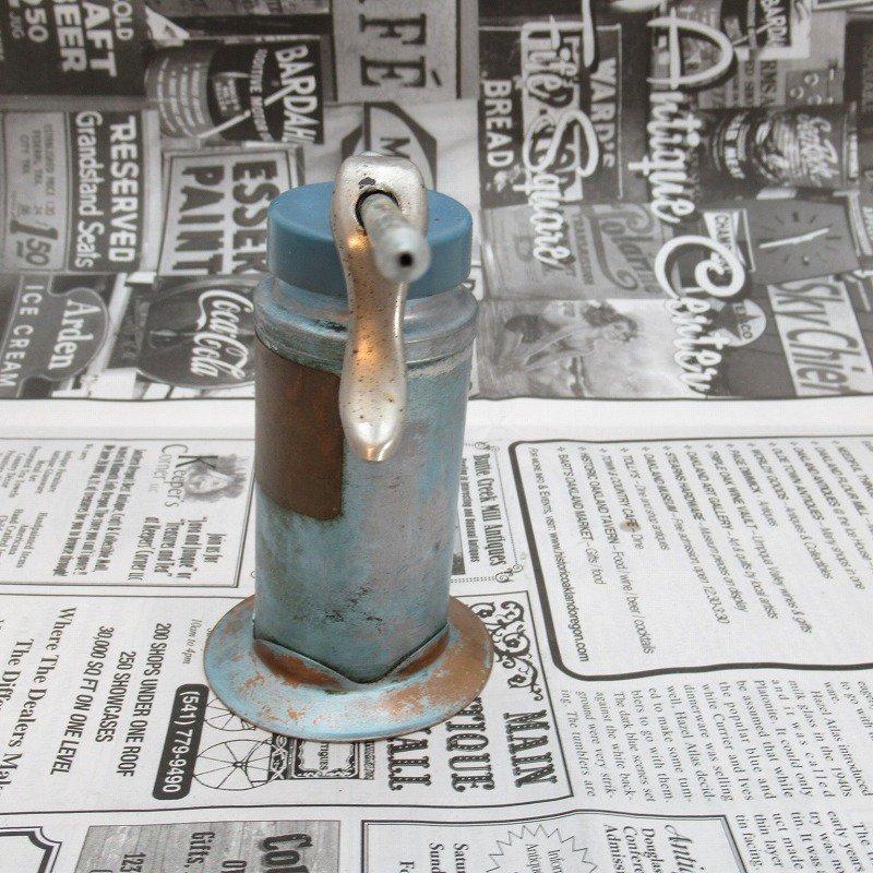 ヴィンテージ・ジャンク雑貨・メタル製・オイル差し・ハンドル付き・ブルーグリーン【画像4】