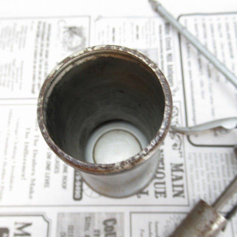 ヴィンテージ・ジャンク雑貨・メタル製・オイル差し・ハンドル付き・シルバー【画像12】