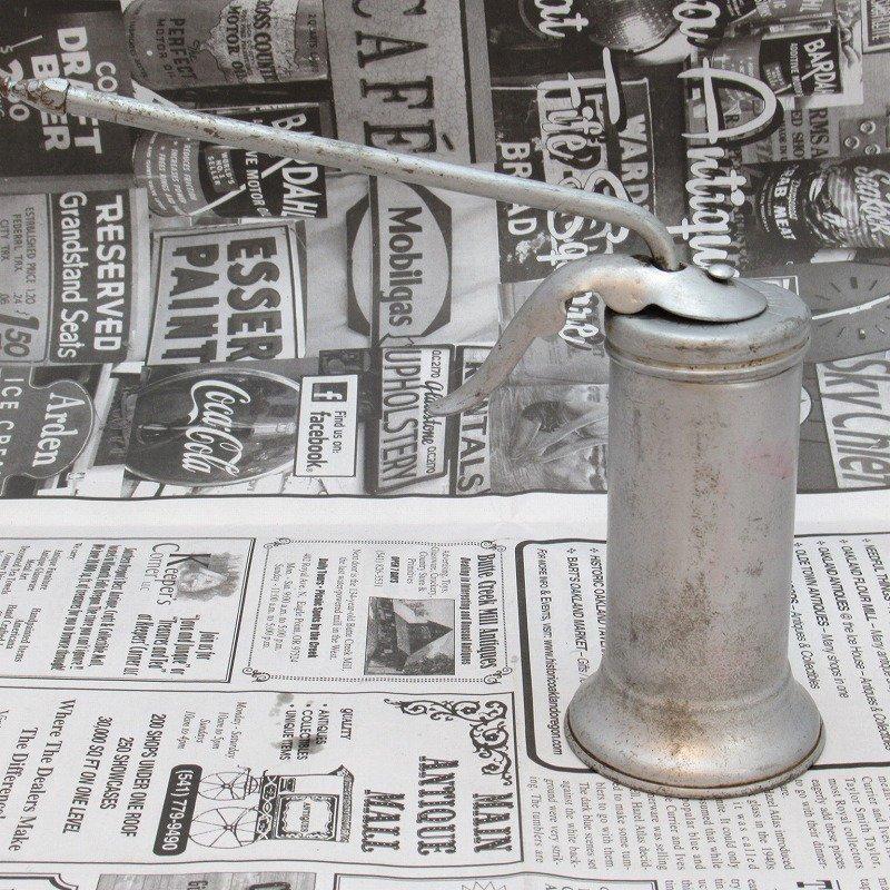 ヴィンテージ・ジャンク雑貨・メタル製・オイル差し・ハンドル付き・シルバー【画像4】