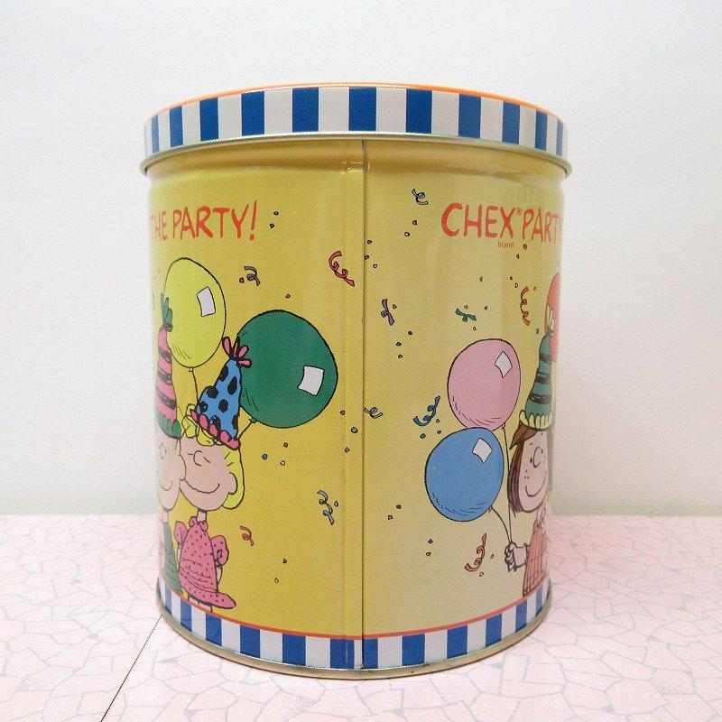 スヌーピーの仲間たちとパーティー Chex Party Mix Makes the Party! ティン缶 A【画像2】