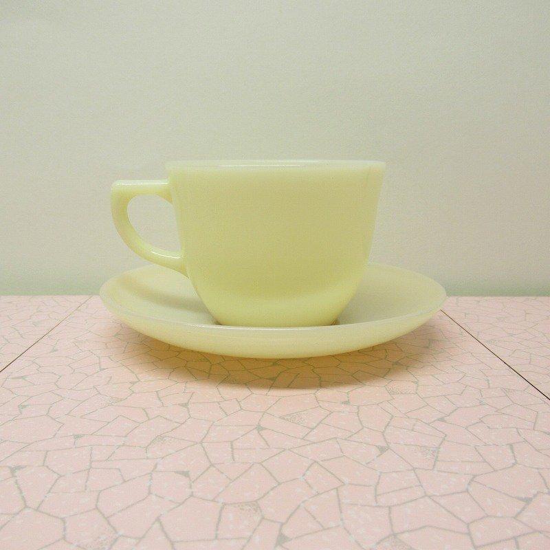 ファイヤーキング アイボリー ランソム カップ & ソーサー【画像3】
