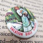その他  ヴィンテージ缶バッジ Vacation Bible School - キリストと迷える子羊 米国製
