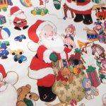 クリスマス ラッピングペーパー サンタさんとおもちゃ