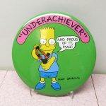 キャラクター  シンプソンズ 特大 缶バッチ バート 1989年 Under Achiever