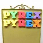 ヴィンテージ雑貨  アルファベット マグネット PYREX