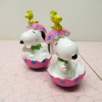 スヌーピー イースター ホイットマンズ PVCトイ ピンクの卵