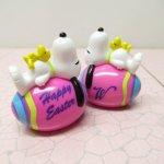 キャラクター  スヌーピー イースター ホイットマンズ PVCトイ ピンクの卵に寝そべるスヌーピー