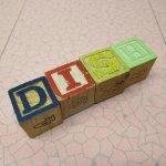 トランプ・パズル・ゲーム・塗り絵・ステンシルなど  アルファベットブロック 木製 DISH【B】