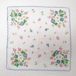 ファッション  ヴィンテージハンカチ 青トリム 青とピンクと白のお花