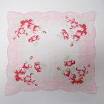 ファッション  ヴィンテージハンカチ ピンクトリムx赤のお花