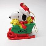キャラクター  スヌーピー PVC ホイットマンズ クリスマス オーナメント 緑のソリ