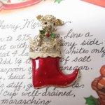 ファッション  ヴィンテージアクセサリー クリスマス靴下と仔犬ブローチ