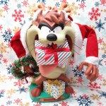 キャラクター  ルーニーチューンズ 1996年 クリスマスサンタ 腕が動くタズマニアンデビル トイ