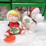 キャラクター  【大量入荷につき期間限定特別価格】デニス ザ メナス & 犬のラフ 1977年 陶器製 クリスマスオーナメント 2個セット デッドストック