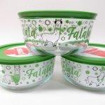 現行品・ガラス商品  パイレックス 4カップ 並行輸入品 クリスマス ファラララララマ