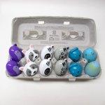 おつかいサービス(現在休止中)&現行品パッケージ&ローカルアーティスト  イースター雑貨 アニマル プラスチック製エッグ12個セット 紙製卵ケース入り A