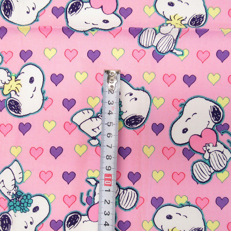 スヌーピーはぎれ 42センチx48センチ バレンタインハートを持つスヌーピー【画像4】