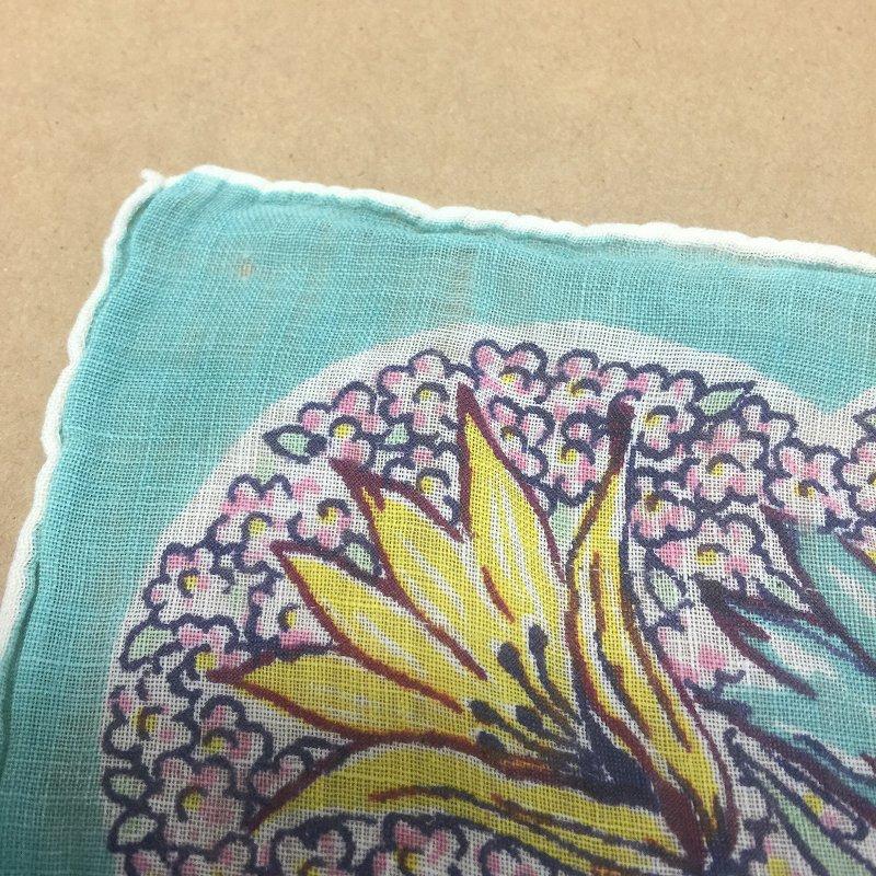 ヴィンテージハンカチ ターコイズブルーと黄色のお花【画像4】