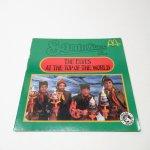 レストラン&企業系発行ブックス  【大量入荷につきご奉仕価格】マクドナルド 1985年 クリスマス THE ELVES AT THE TOP OF THE WORLD ムービーブック