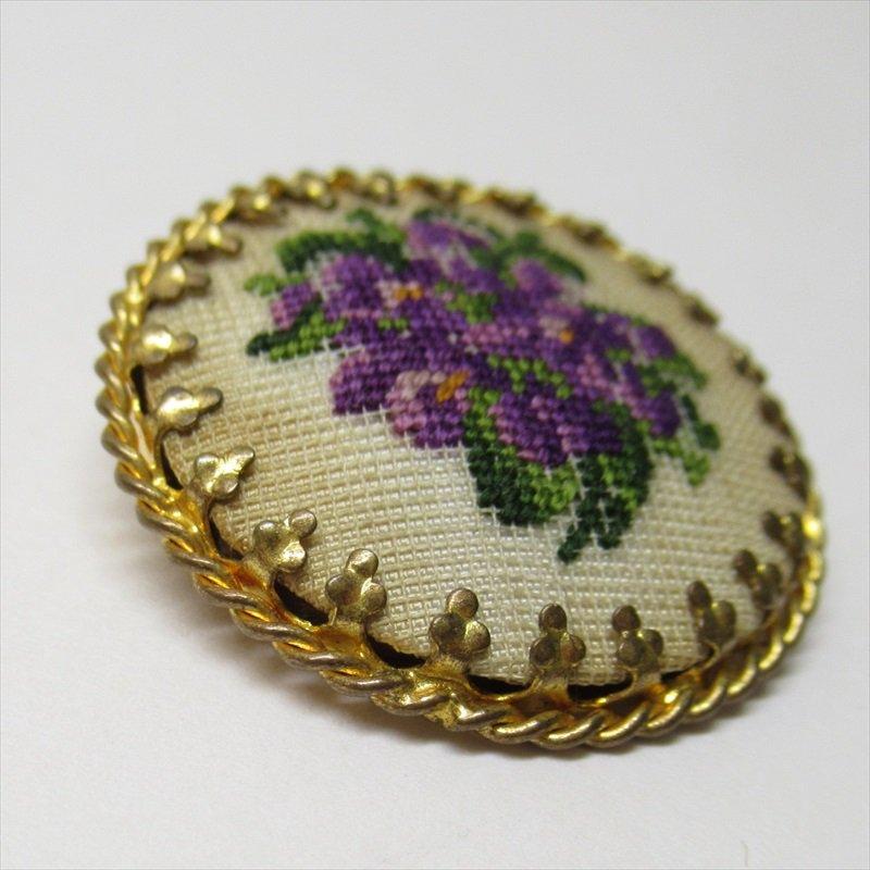 ヴィンテージアクセサリー オーストリア製スミレの刺繍ブローチ【画像3】
