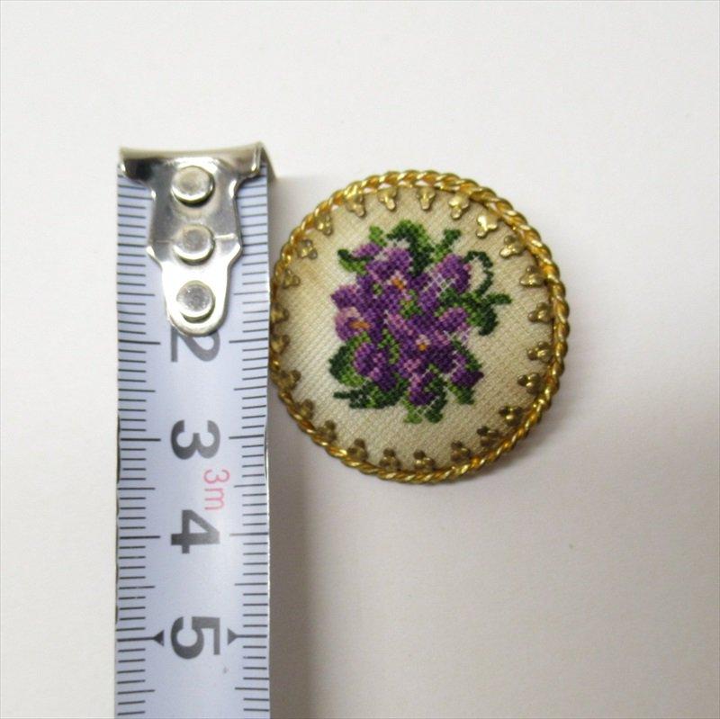ヴィンテージアクセサリー オーストリア製スミレの刺繍ブローチ【画像6】