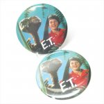 ファッション  E.T. 特大缶バッチ E.T.とエリオット A