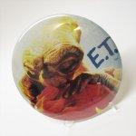 ファッション  E.T. 特大缶バッチ E.T.とエリオット HUG