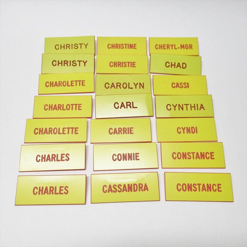 ヴィンテージピン ネームタグ 黄色 アルファベット C