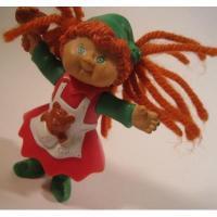 アドバタイジング・組織系 ヴィンテージ・マクドナルドミールトイ・キャベツ人形・クリスマスバージョン・オレンジヘア・ミニ人形