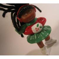 アドバタイジング・組織系 ヴィンテージ・マクドナルドミールトイ・キャベツ人形・クリスマスバージョン・ブラックヘア・ミニ人形