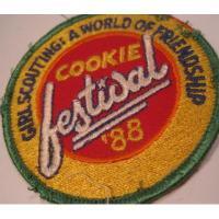 ハンドメイド用タグ&パッチ&アップリケ&ワッペン ビンテージワッペン「Girl Scouting! Cookie Festival '88」ガールスカウトワッペン
