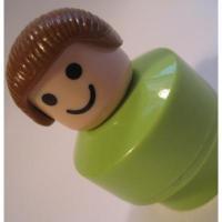 レゴ・プレイモビル・フィッシャープライスフィギュアなど 小さなフィギュア「ブラウンヘアー&黄緑ボディの女の子」
