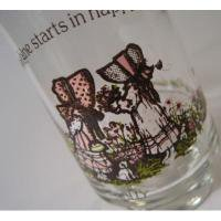キャラクター ホーリーホビー「Sunshine starts in happy hearts」ピンクのドレスの女の子たち・ジュースグラス
