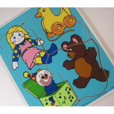 トランプ・パズル・ゲーム・塗り絵・ステンシルなど ビンテージキッズ用パズル「米国製・1986年・PLAYSKOOL・1才〜3才用おもちゃ4ピース」