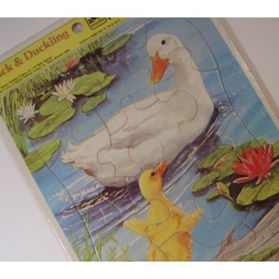 トランプ・パズル・ゲーム・塗り絵・ステンシルなど ビンテージキッズ用パズル「1983年・Duck & Duckling・醜いあひるの子3才〜7才用」