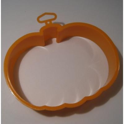 オーナメント&デコレーション 1985年・ホールマーク・プラスチック製クッキーカッター「オレンジパンプキン」