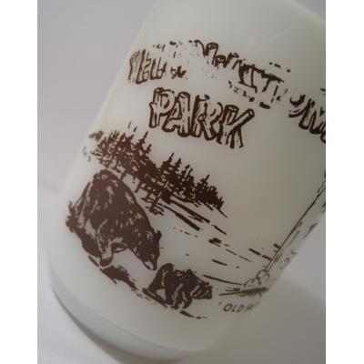 アメリカンミルクグラスブランド ファイヤーキング・Yellow Stone Park・熊さん親子・9オンスマグ