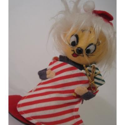 クリスマス ビンテージ・クリスマスディスプレイ「赤いビッグストライプソックスを持つお人形」