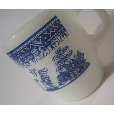 アメリカンミルクグラスブランド ファイヤーキング・ブルーウィロー・スタッキングマグ