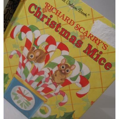クリスマス絵本 A First Little Golden Book 「Richard Scarry's Christmas Mice」絵本