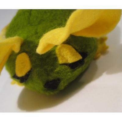 ぬいぐるみ 緑と黄色のねずみちゃんぬいぐるみ