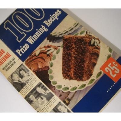 レシピブック  ビンテージレシピブック「1952年Pillsbury's 3rd Grand National 100 Prize Winning Recipes」
